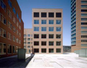 Zürcher Hochschule Mäander C, Winterthur. Holz-Metall-Fenster «VISION-3000» © Burkard, Meyer. Architekten BSA, Baden