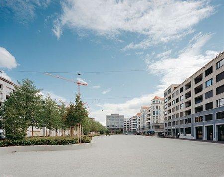 Der Rapidplatz in der Überbauung Limmatfeld in Dietikon. Bild: © Tobias Madörin